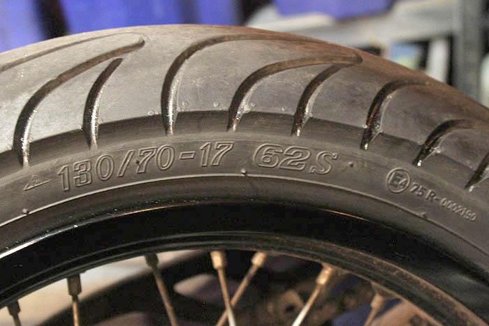 vad betyder beteckningar på däck