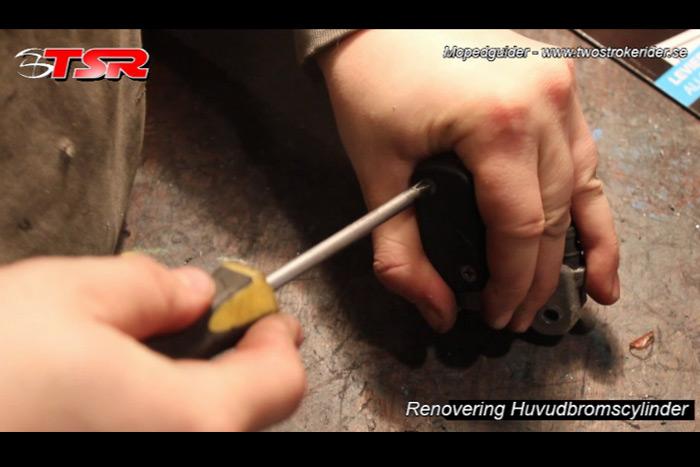 guide huvudbromscylinder - bild 5