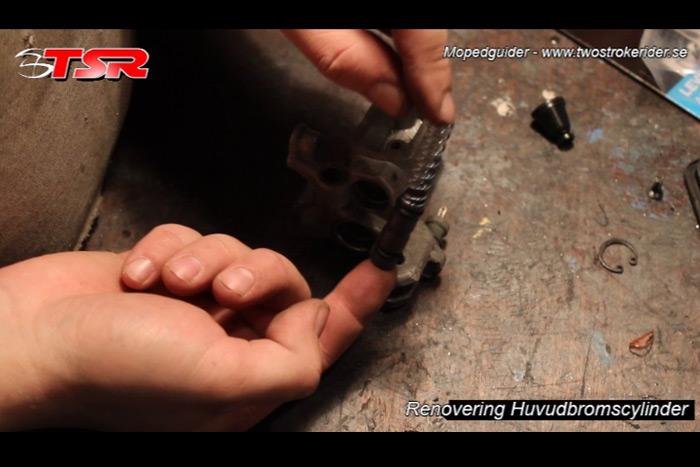 guide huvudbromscylinder - bild 10