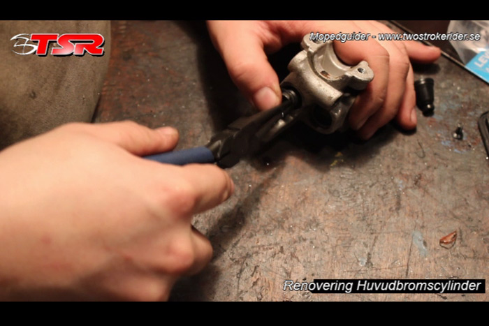 guide huvudbromscylinder - bild 11